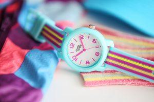 Pierwszy zegarek dla dziecka – jaki wybrać?